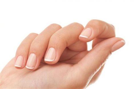 Хвороби можна визначити по нігтях