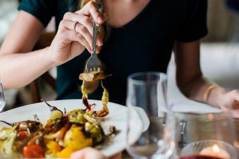 Вчені навчились змінювати харчові звички