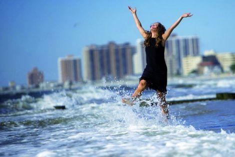 Які фактори впливають на відчуття щастя?