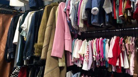 Чи безпечно купляти одяг у секонд-хенді? (ВІДЕО)