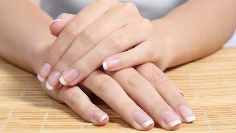 Красиві нігті: ефективна домашня маска