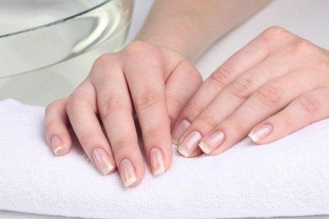 Правильне полірування нігтів