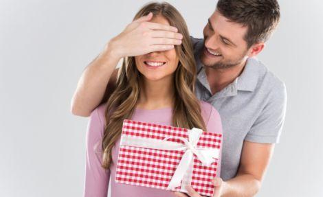 Подарки для любимой девушки