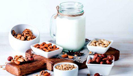 Прості рецепти рослинного молока (ВІДЕО)