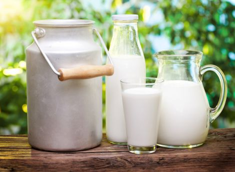 Чи може молоко підвищити ризик виникнення раку?