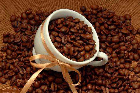 Не варто пити каву одразу після пробудження