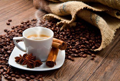Напої з кофеїном можуть викликати звикання