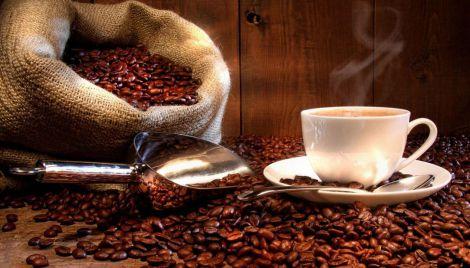 Чоловікам треба вживати менше кави