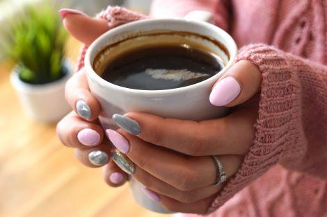 Шкода чаю та кави для вагітних