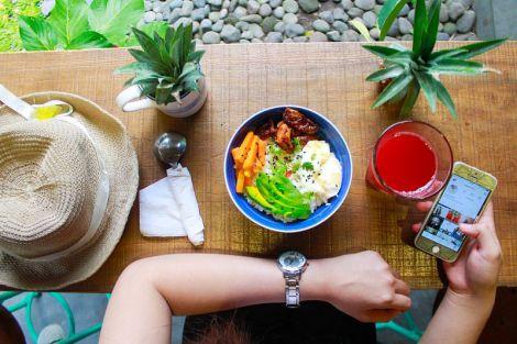 Дієтолог попередила про шкоду підрахунку і дефіциту калорій в раціоні