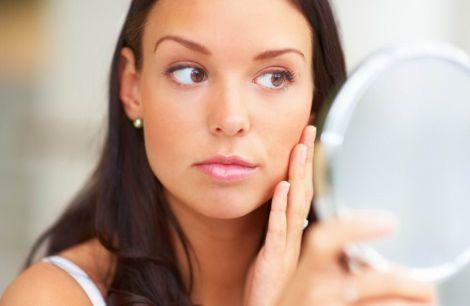 Звички, які погіршують стан шкіри