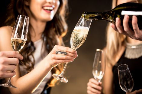 Шампанське корисне для жіночого організму
