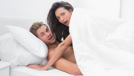 Якщо дитини застукала вас на гарячому: розмова про секс
