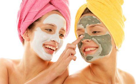 Три домашніх засоби, які допоможуть омолодити шкіру