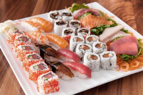 Чому корисно вживати суші та роли?