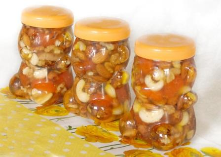 Горіхи з медом