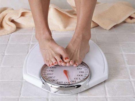 Зайва вага починає турбувати жінок у віці 35-40 років