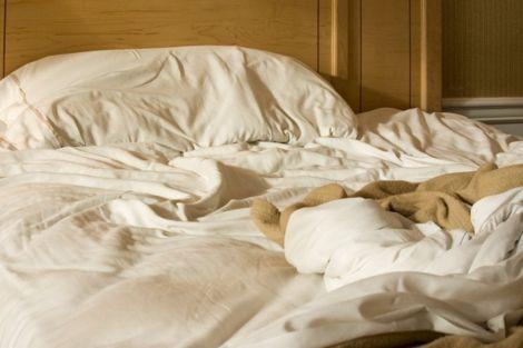 Неприємний запах у спальні