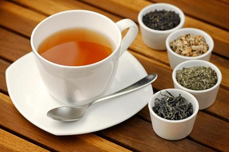 Що не варто додавати до чаю