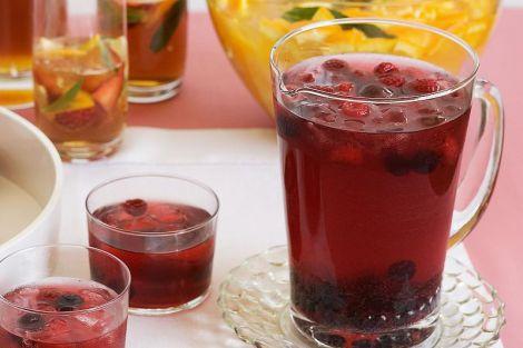 Прощання з міфом: малиновий чай марний при застуді