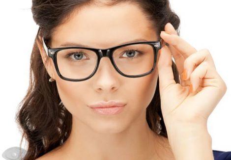 Люди, які носять окуляри мають кращий інтелект