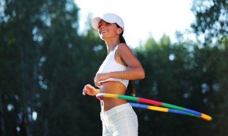 Вправи з обручем для тонкої талії