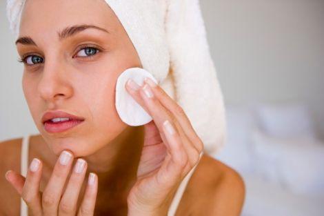 Жирна шкіра обличчя: правила харчування