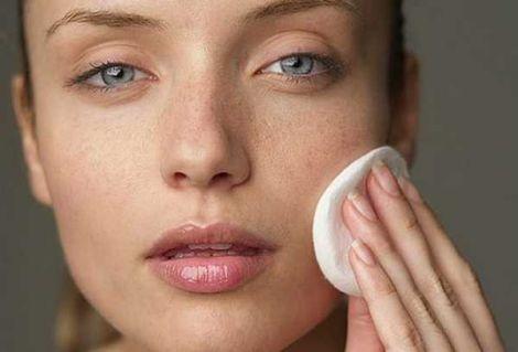 Народні засоби від жирної шкіри обличчя