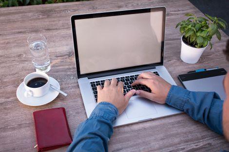 Как выбрать ноутбук для студента и школьника?