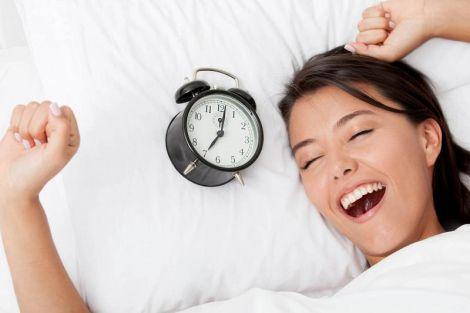 Вчені назвали оптимальний час сну