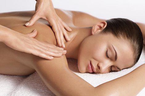 Сухий масаж від целюліту