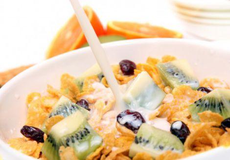Чому дітям краще не снідати пластівцями?