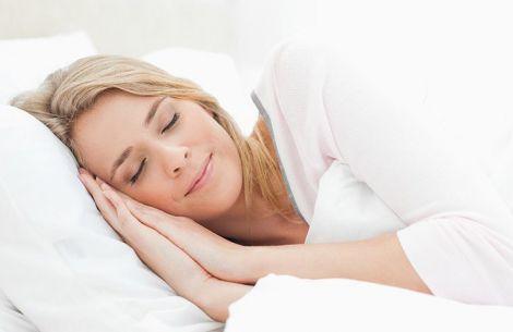 Сон у різних кімнатах