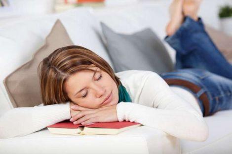 Шкідливі пози для сну