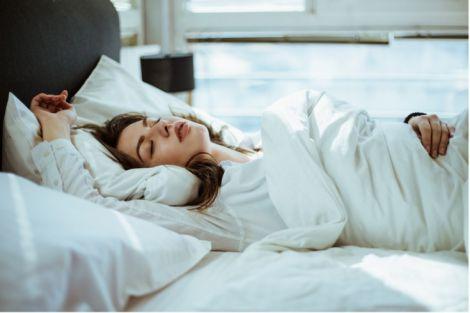 Забезпечені люди довше сплять вночі