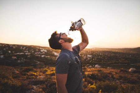 Спробуйте пити лише воду!