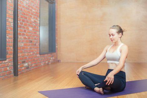 Чотири способи позбутися від болю в суглобах і попереку без ліків
