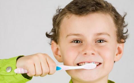 Як усунути зубний камінь за декілька хвилин?