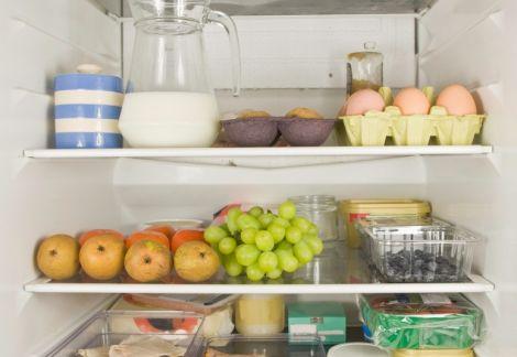 Як правильно тримати продукти в холодильнику
