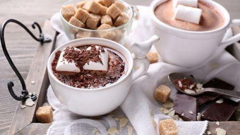 При деяких захворюваннях протипоказано пити гарячий шоколад