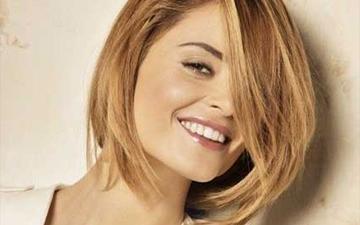 найкращі стрижки для волосся середньої довжини