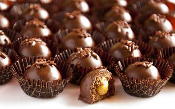 Побалуй себе пісними шоколадними цукерками