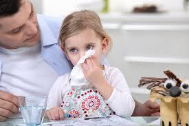 Можно ли всё-таки уберечь ребенка от простуды?