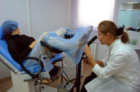 Женский врач гинеколог