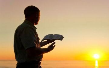 Книги слід читати кожного дня