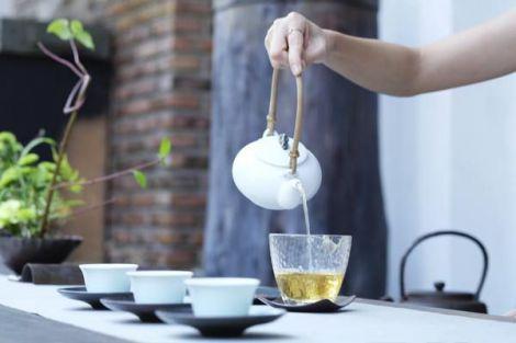 Зелений чай для боротьби з ожирінням
