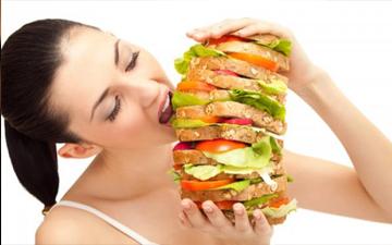 переїдання може погано позначитись на здоров'ї