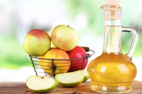 Яблучний оцет знижує рівень холестерину