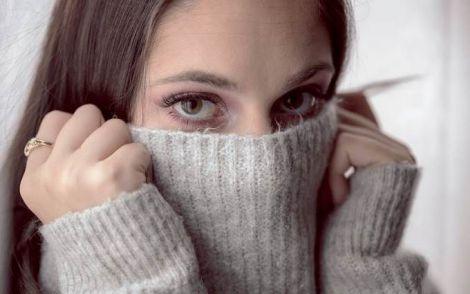 Як позбутись від звички торкатись обличчя?