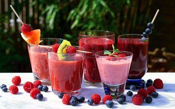 Коктейлі та соки навіть корисніші, ніж прості свіжі плоди